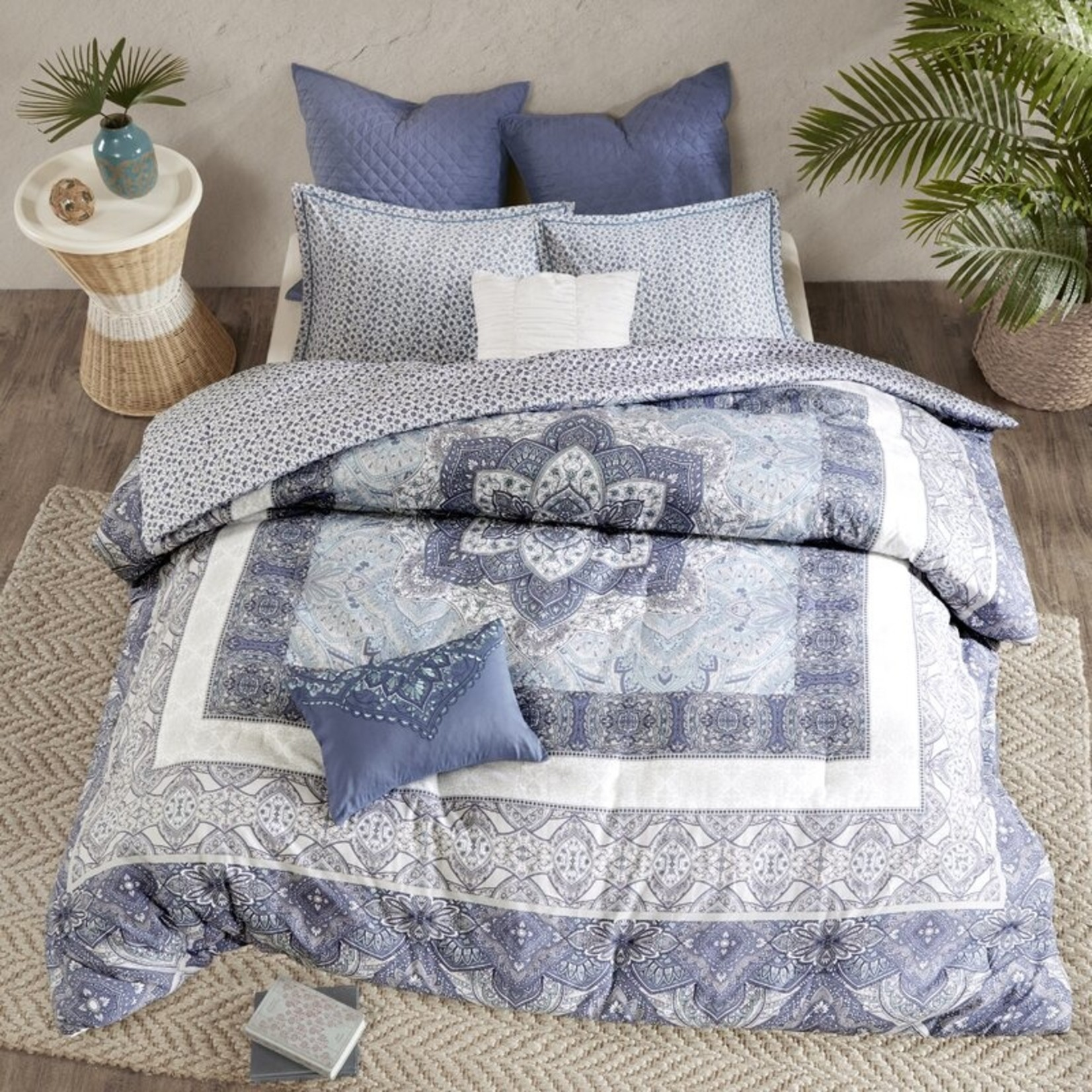 *King/Cal King - Jaden Reversible Floral 100% Cotton 7 Piece Comforter Set - Final Sale