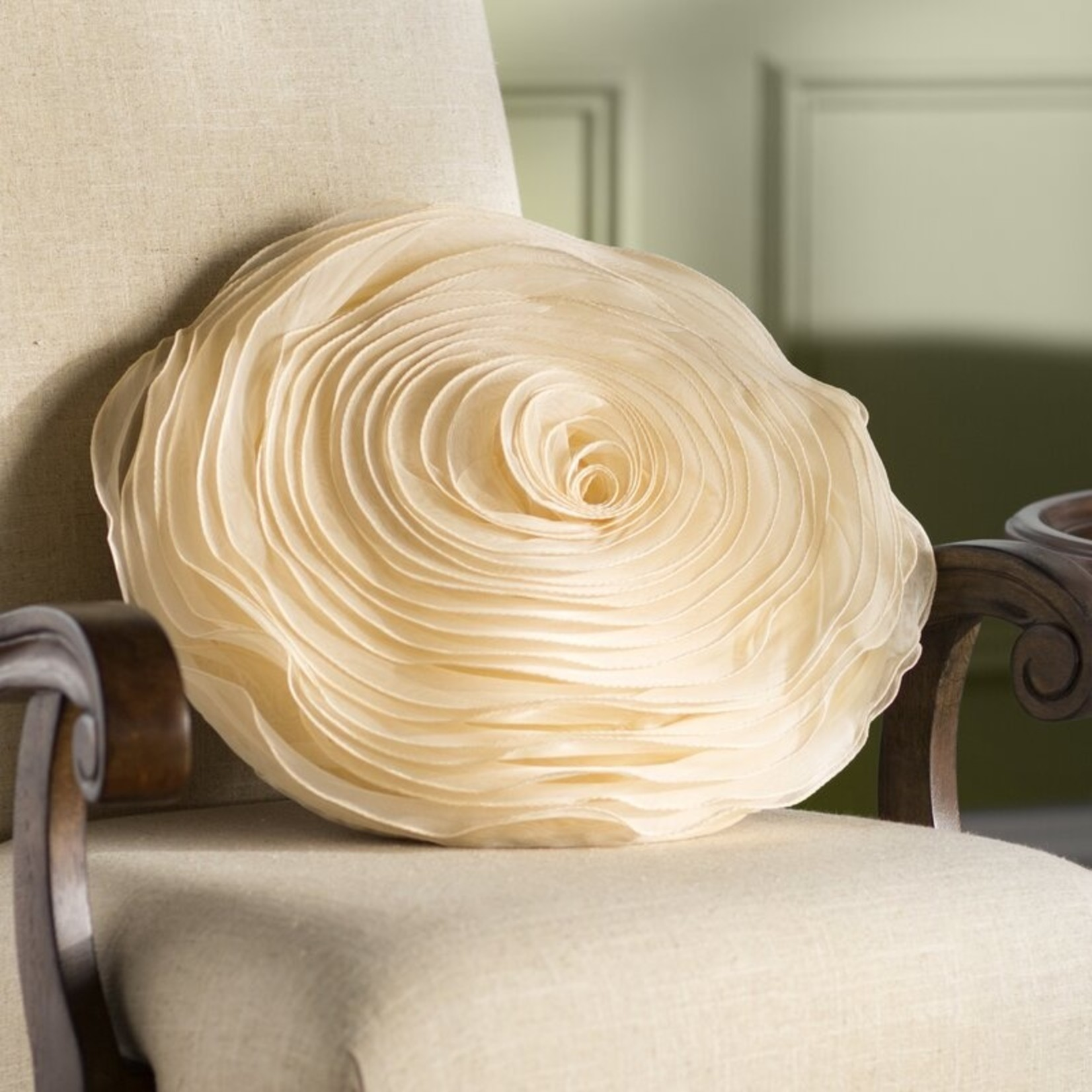 *Floral Throw Pillow - Champagne