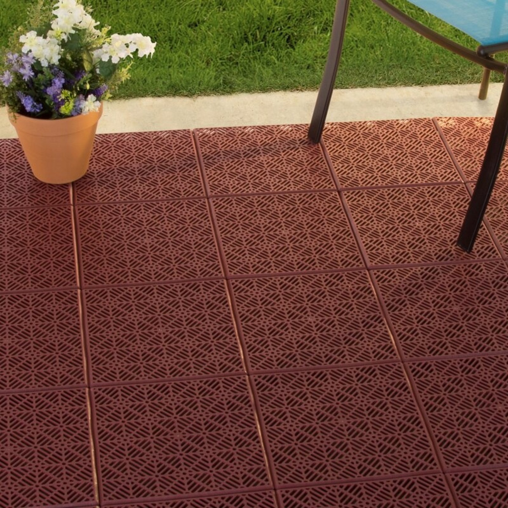 "*Patio 11.5"" x 11.5"" Plastic Interlocking Tile in Terracotta - Final Sale"