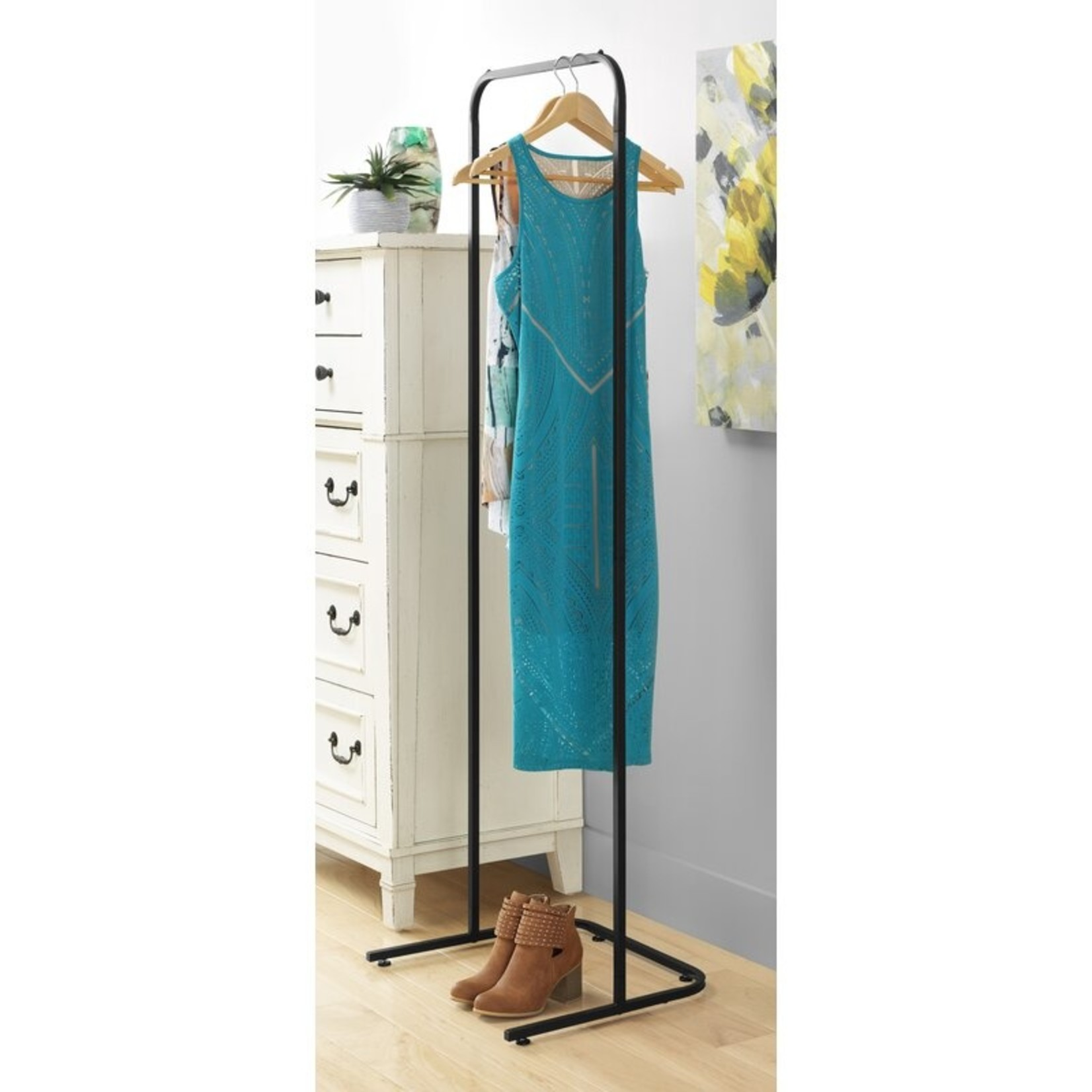 *Mcmiller 18'' Clothes Rack