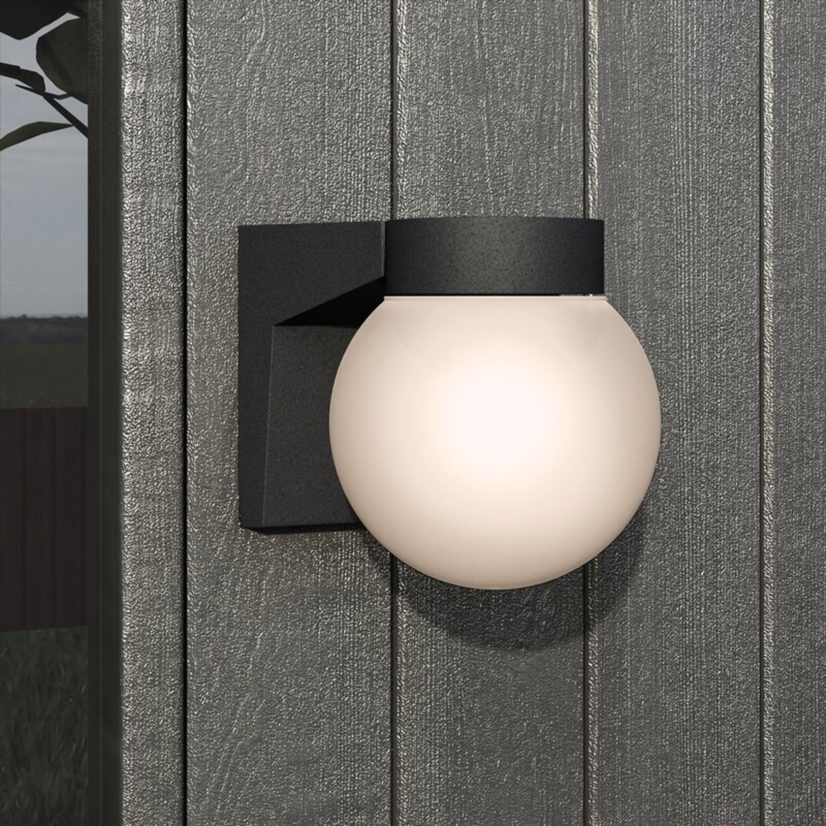 *Chilhowie 1 - Bulb Outdoor Armed Sconce