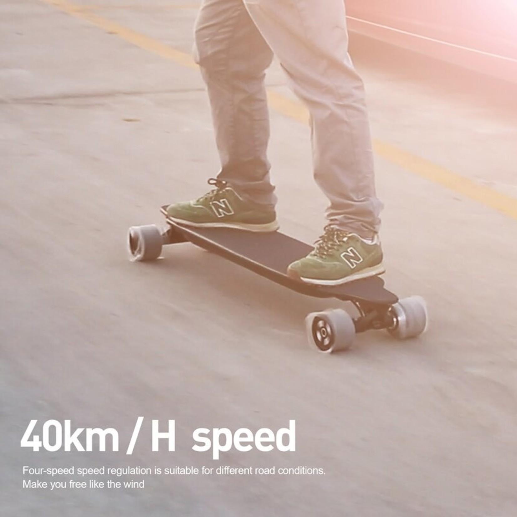 *Self Balance  4 Wheels Fast Electronic Longboard Skateboard With Dual Hub Motors 600W*2 And Solid Trucks For Adults