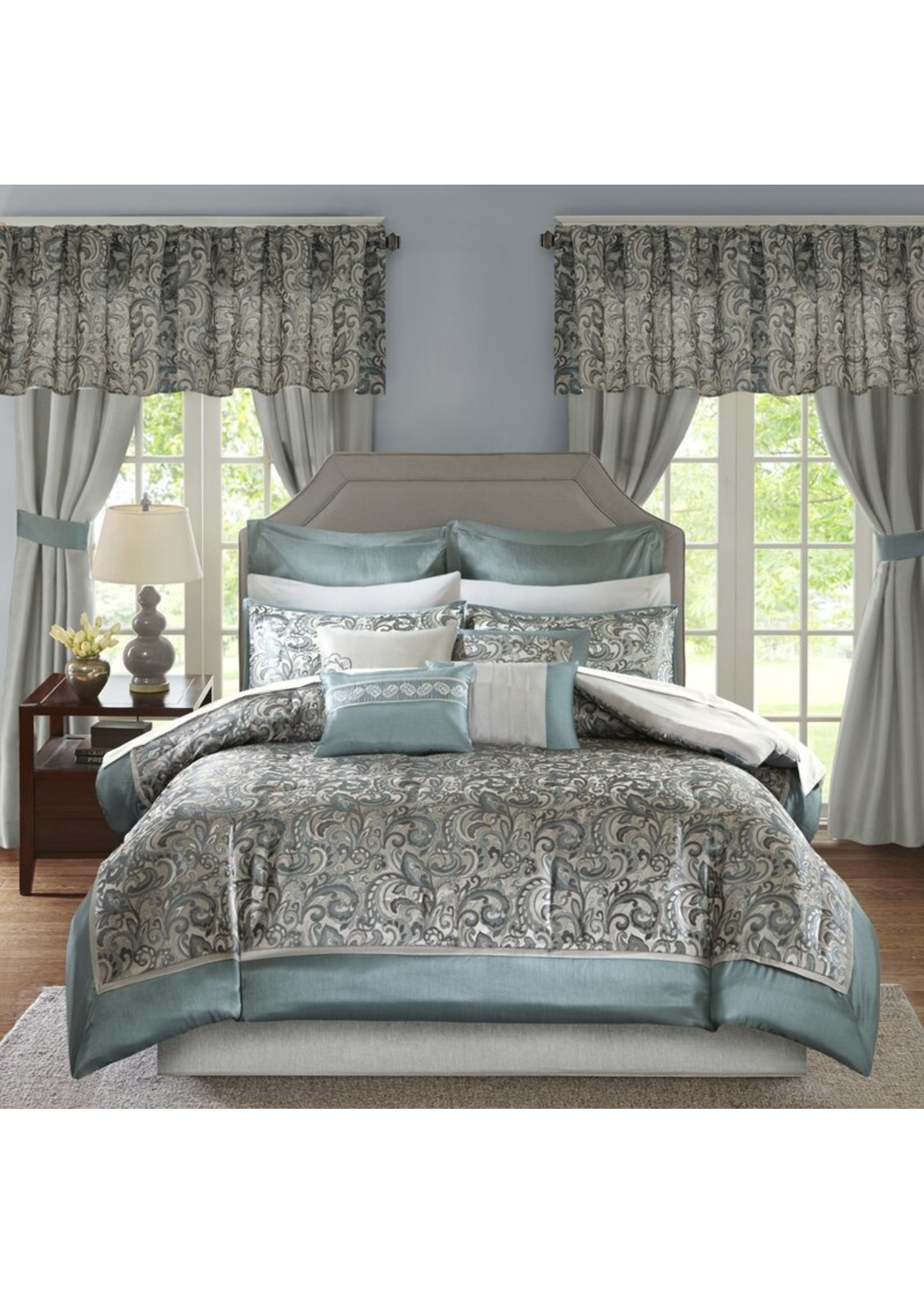 *Cal King - Wightmans Paisley 24 Piece Comforter Bed-in-a-bag - Final Sale