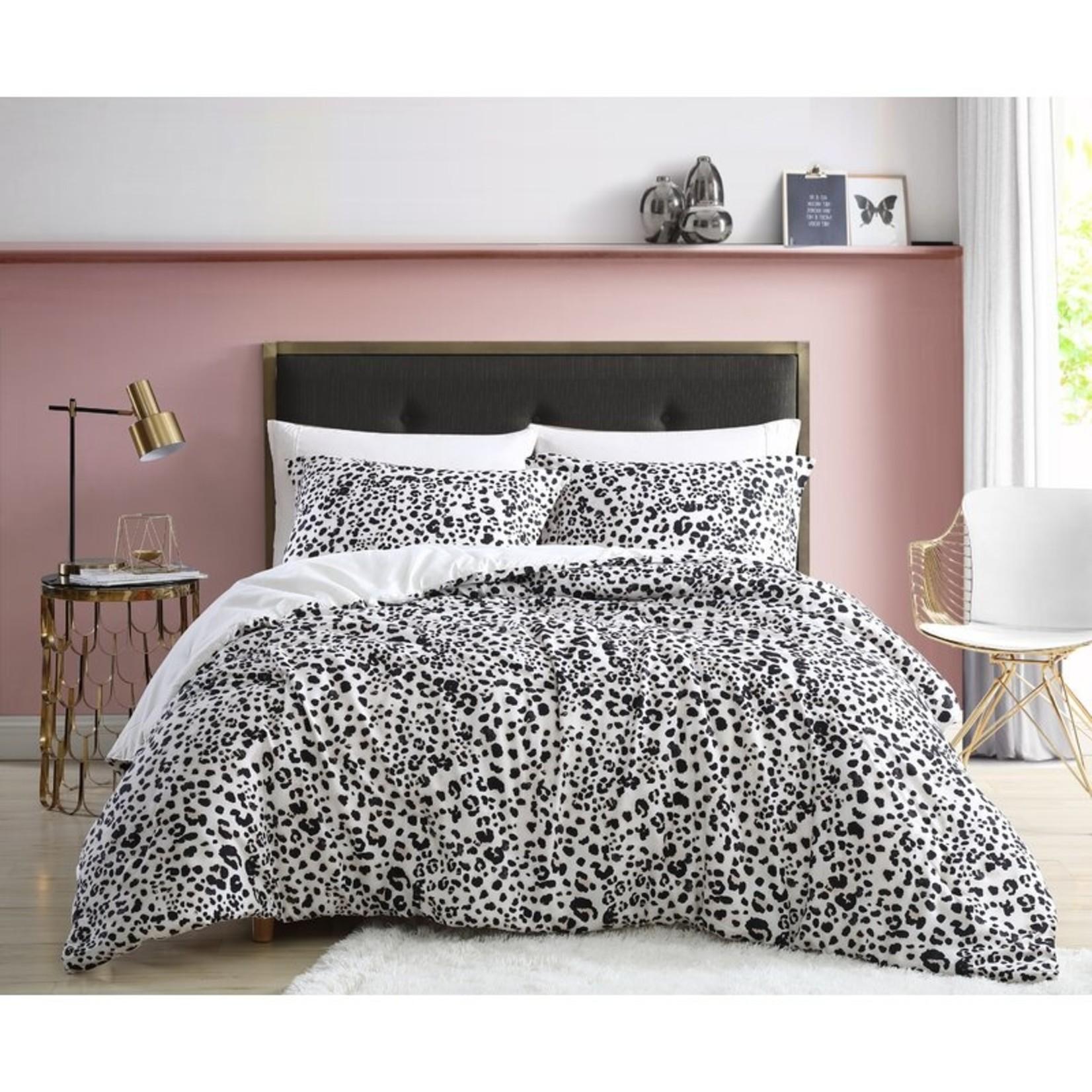 *Queen - Water Leopard Reversible Comforter Set - Final Sale