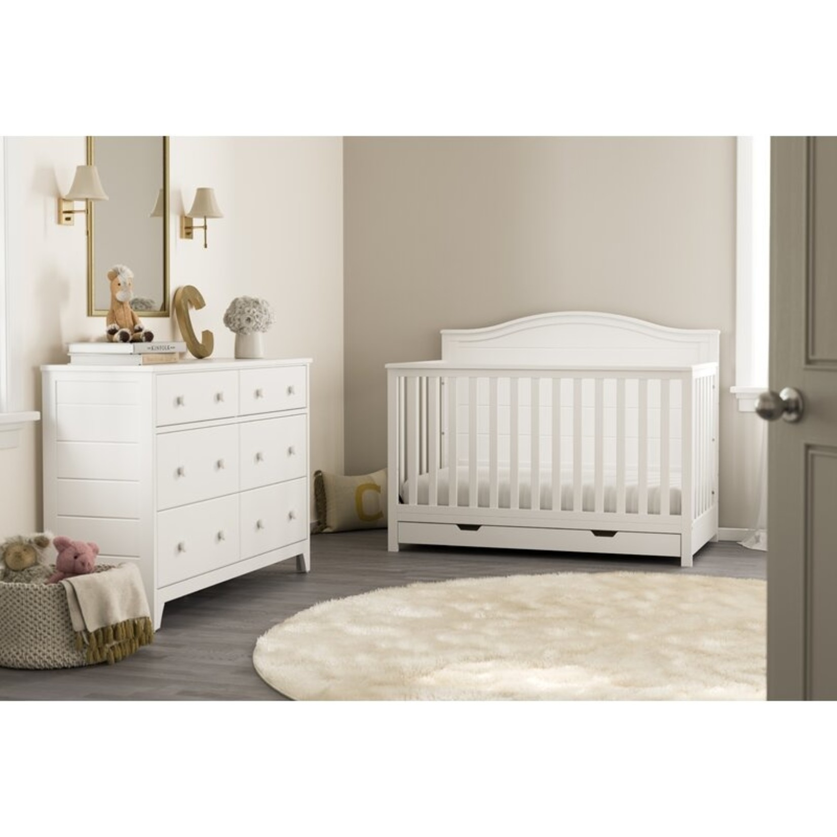 *Moss 4-in-1 convertible Crib with storage - White