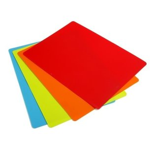Diamond Visions Flexible Silicone Gripping Cutting Board Mat