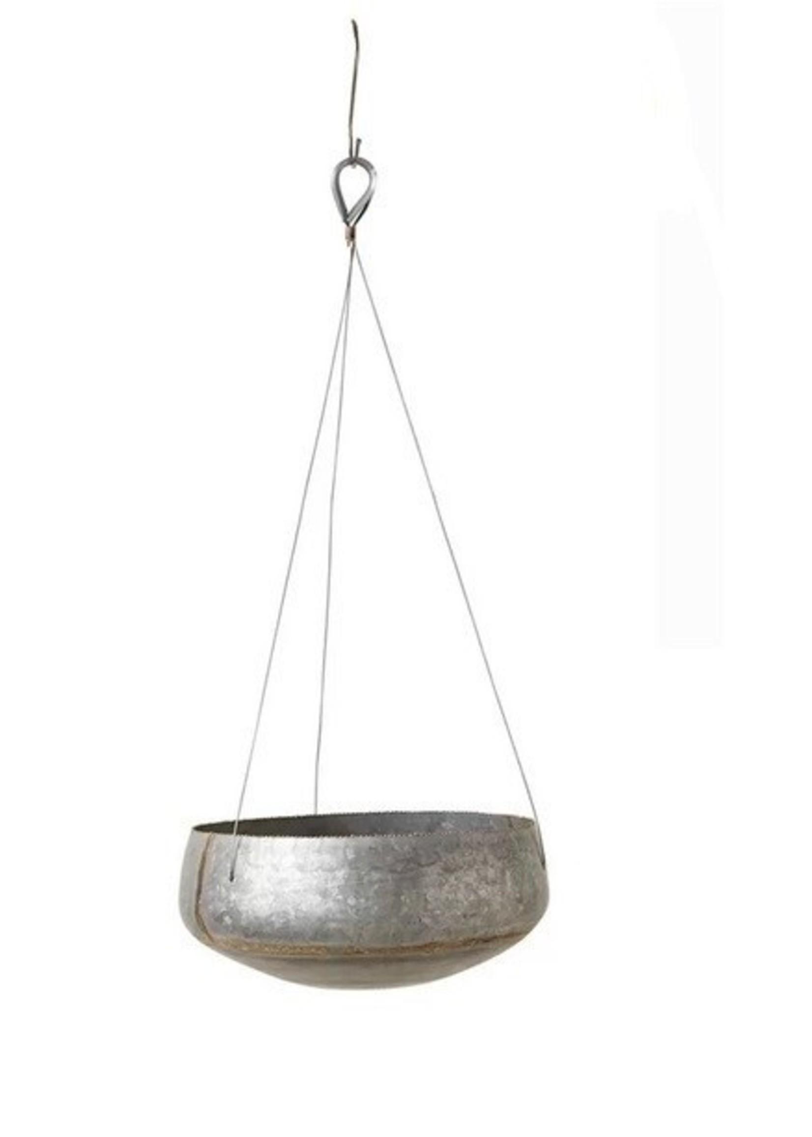 Hyrum Round Hanging Pot