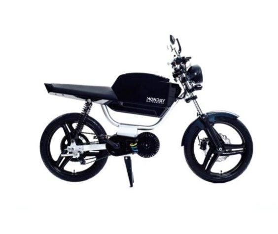 Monday Motorbikes Gen 7 Black