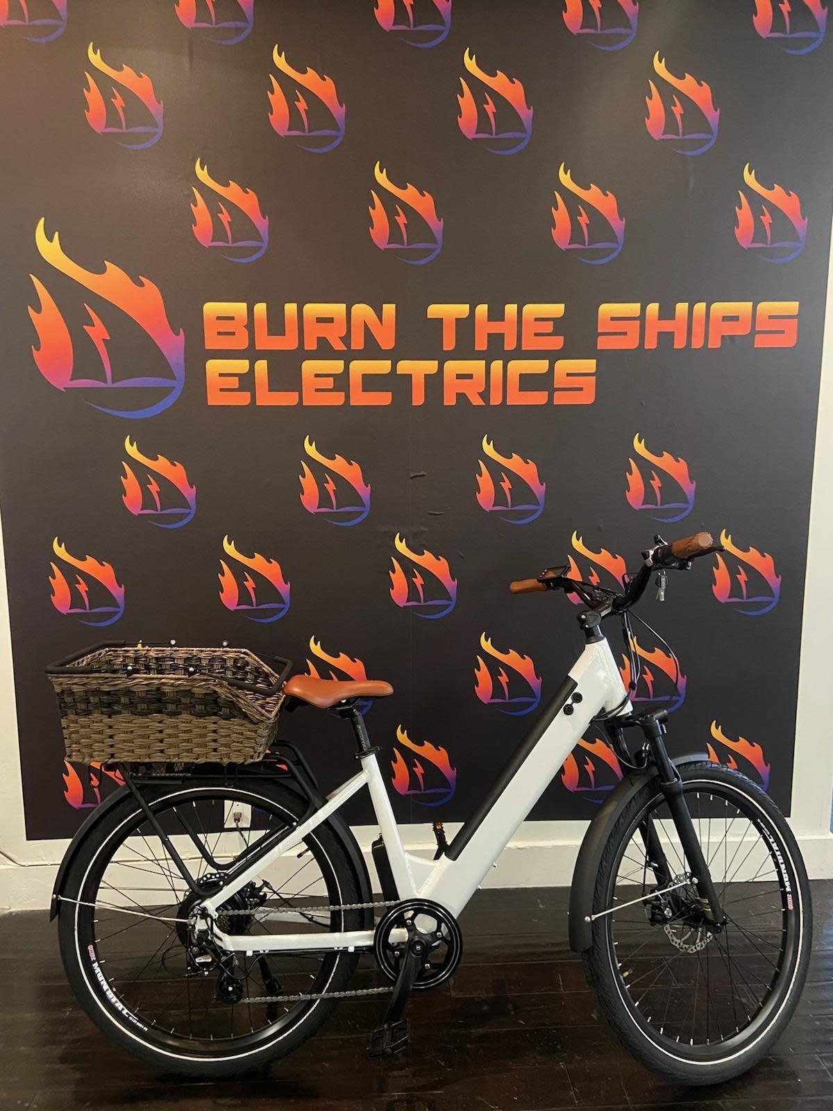 Driven Bikes Model X Step White