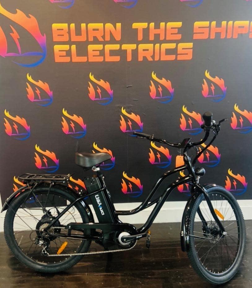 Driven Bikes Playa 500 Step Met Black Hydraulic Brakes