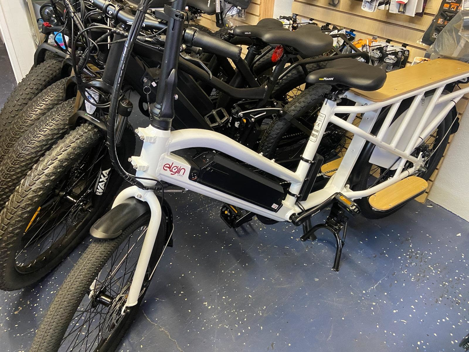 Driven Bikes Elgin Cargo White