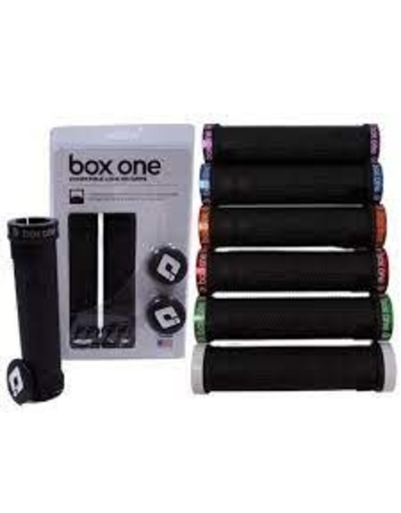BOX COMPONENTS Grip Box BMX 130mm Blk w/ Green End Plug
