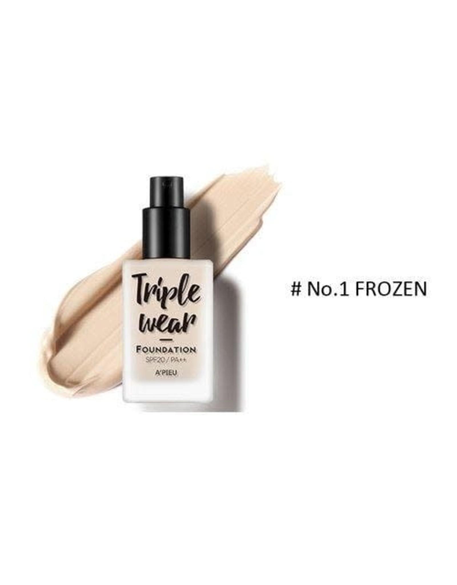 Triple Wear Triple Wear Foundation #01 Frozen