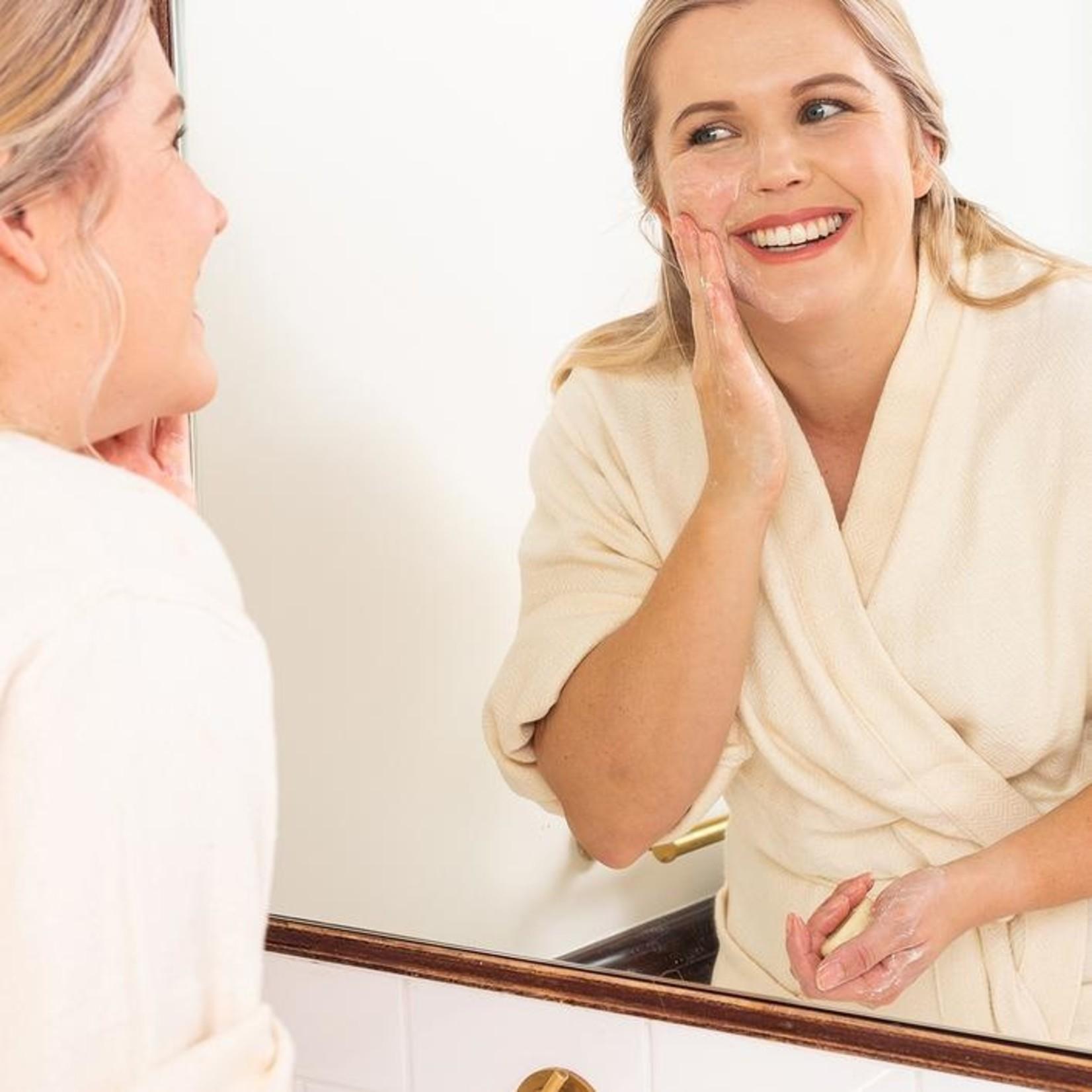 Ethique Ethique Face Cleanser & Makeup Remover Bar SuperStar!