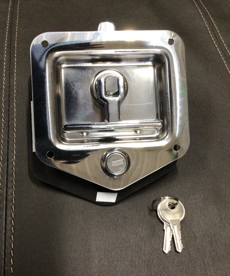 T-LATCH SPEAR HANDLE W/LOCK L4080
