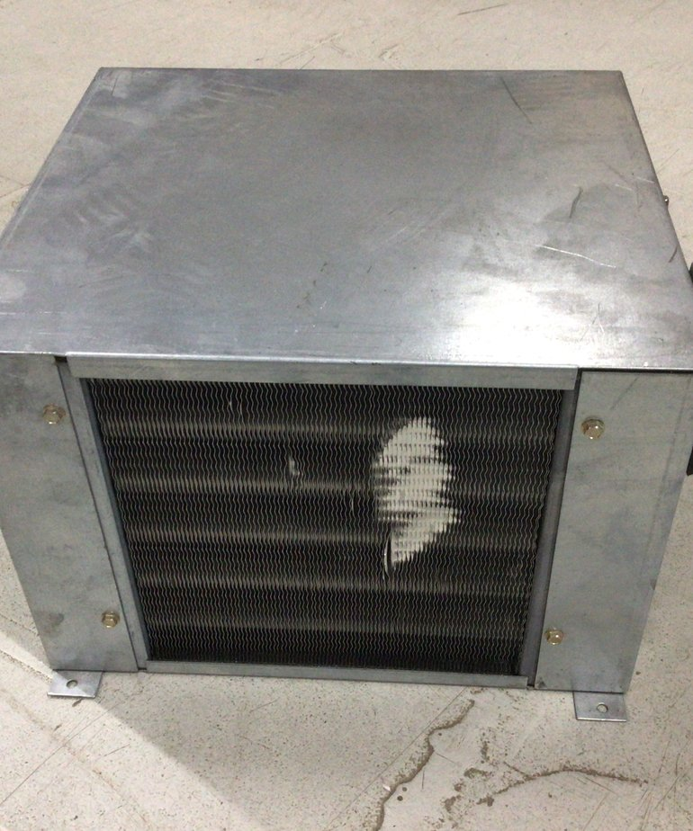 Metal Heat Exchanger with Duct Holes RV200179