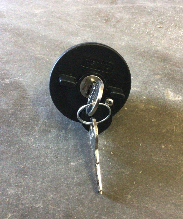 Locking Fuel Cap 132DP1BLK