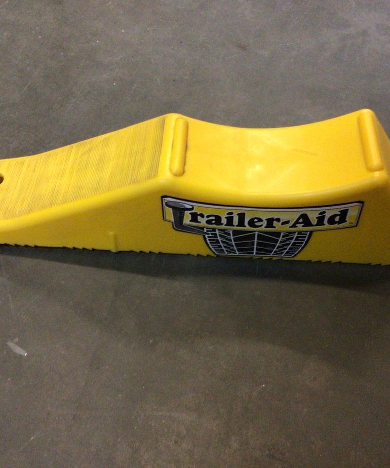 Camco Trailer-Aid 15K LB Yellow 21000