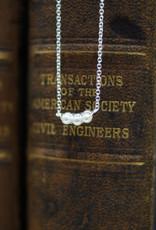 Tashi 3 Prong Pearl Necklace