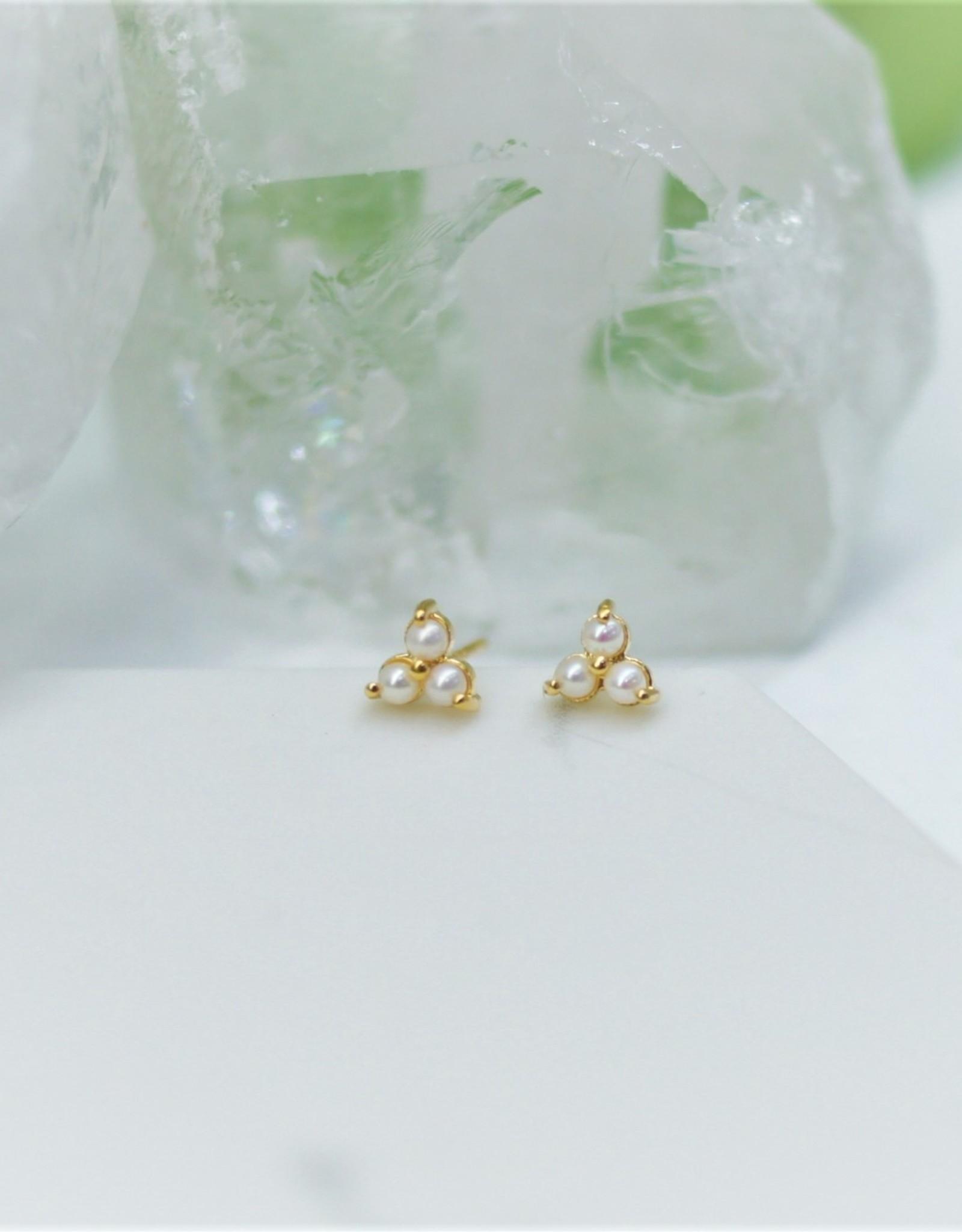 Tashi Tiny Triple Pearl Triangle Stud Earrings