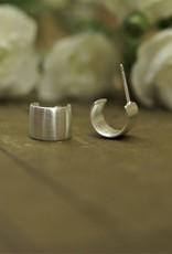 Tashi Wide Hoops - Brushed Silver