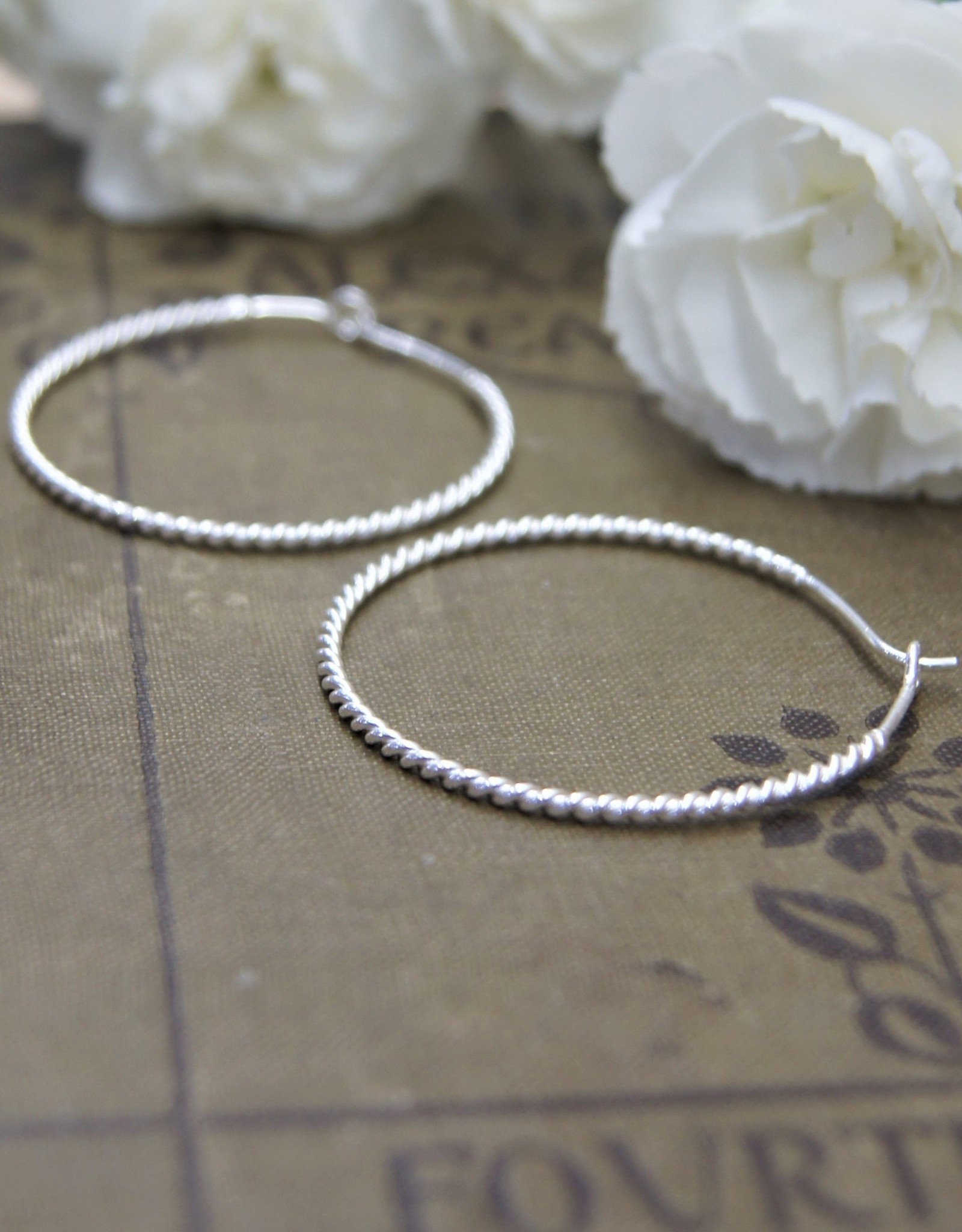 Tashi 40mm Twisted Wire Hoops