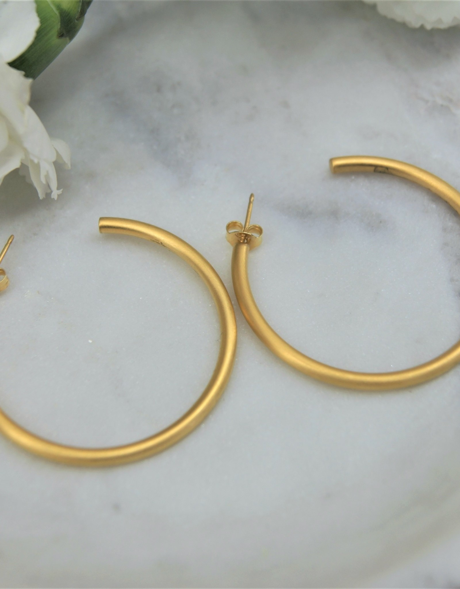 Tashi 40mm Tube Hoop - Brushed Gold Vermeil