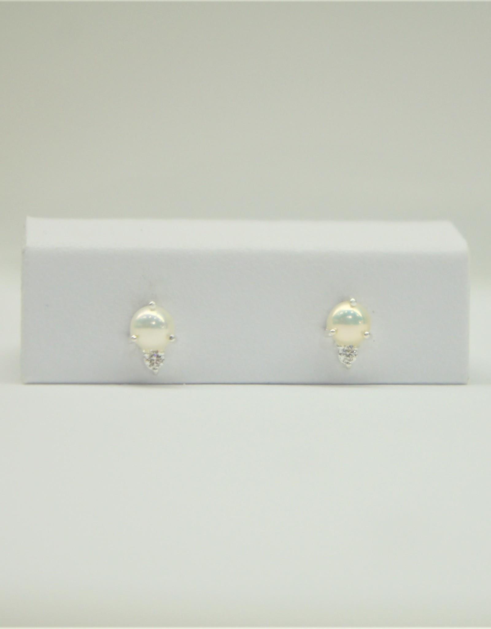Tashi Pearl with Cubic Zirconia Stud Earrings