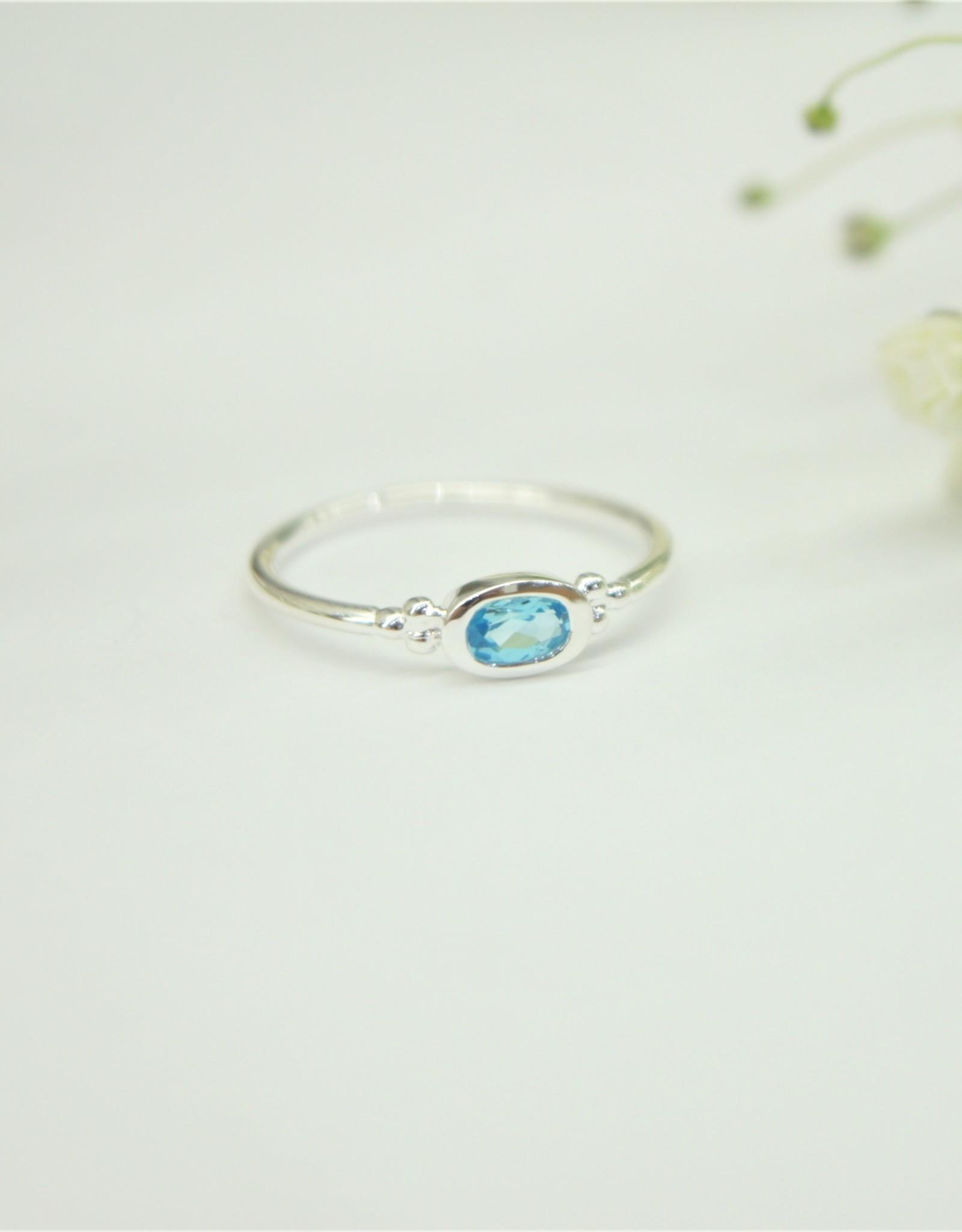 Tashi Oval Blue Topaz Ring