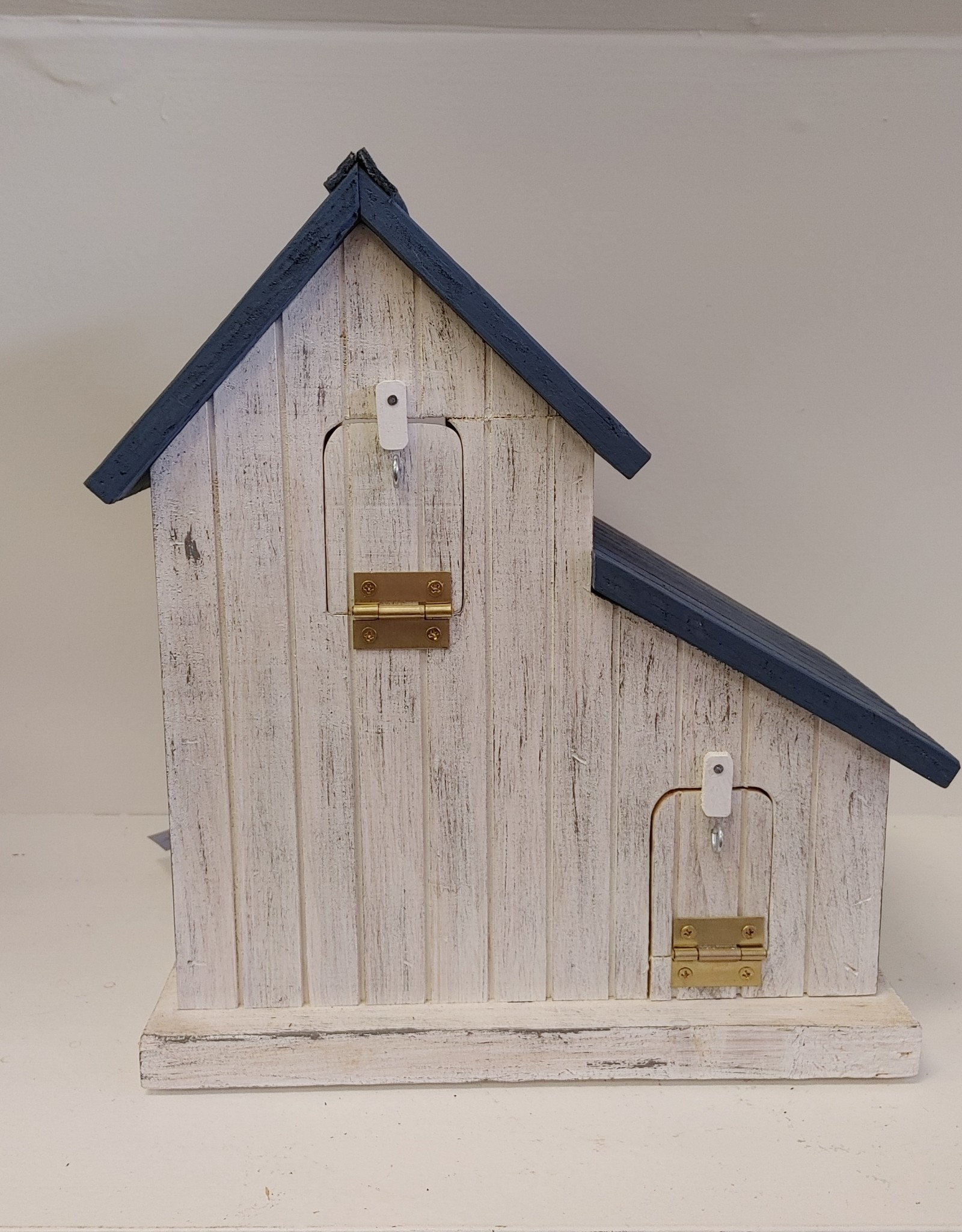 White Barn Birdhouse