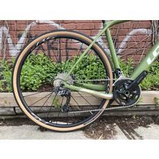 LOOK Look / 765 Gravel Disc/ GRX 600/ WH-RS 370/ Green Matte