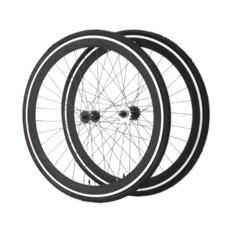 Moose / wheel set / 700 fixed, freewheel / black / tires and cogs included