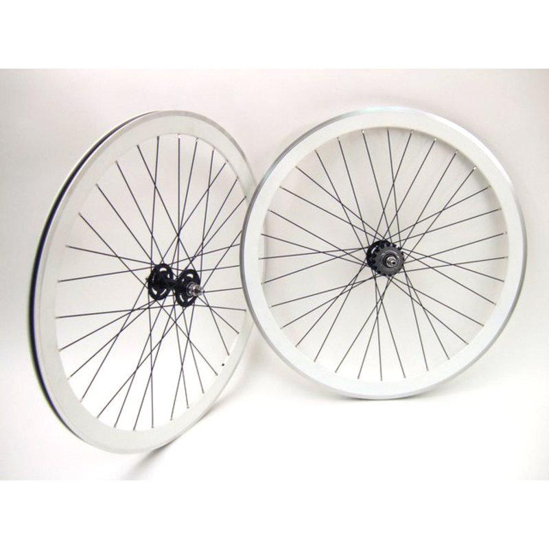 Vuelta - Wheel Set - Hub Evo - 700 Fix - 42mm - 32T - White