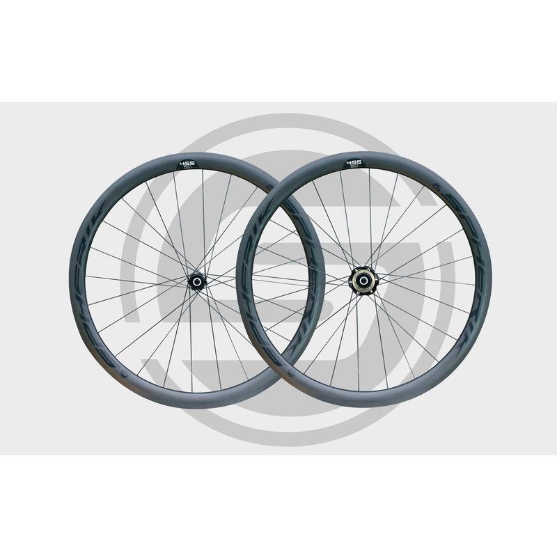 Spherik paire roue carbone 4S5D / frein a disque/ compatible Shimano et Sram 11 vitesses