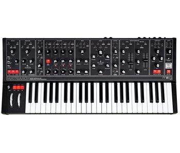 Moog Matriarch Dark