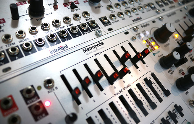 Basic Synth 5: Keyboards & Sequencers