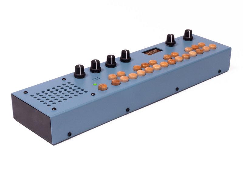Critter & Guitari Organelle M, Matte Light Blue