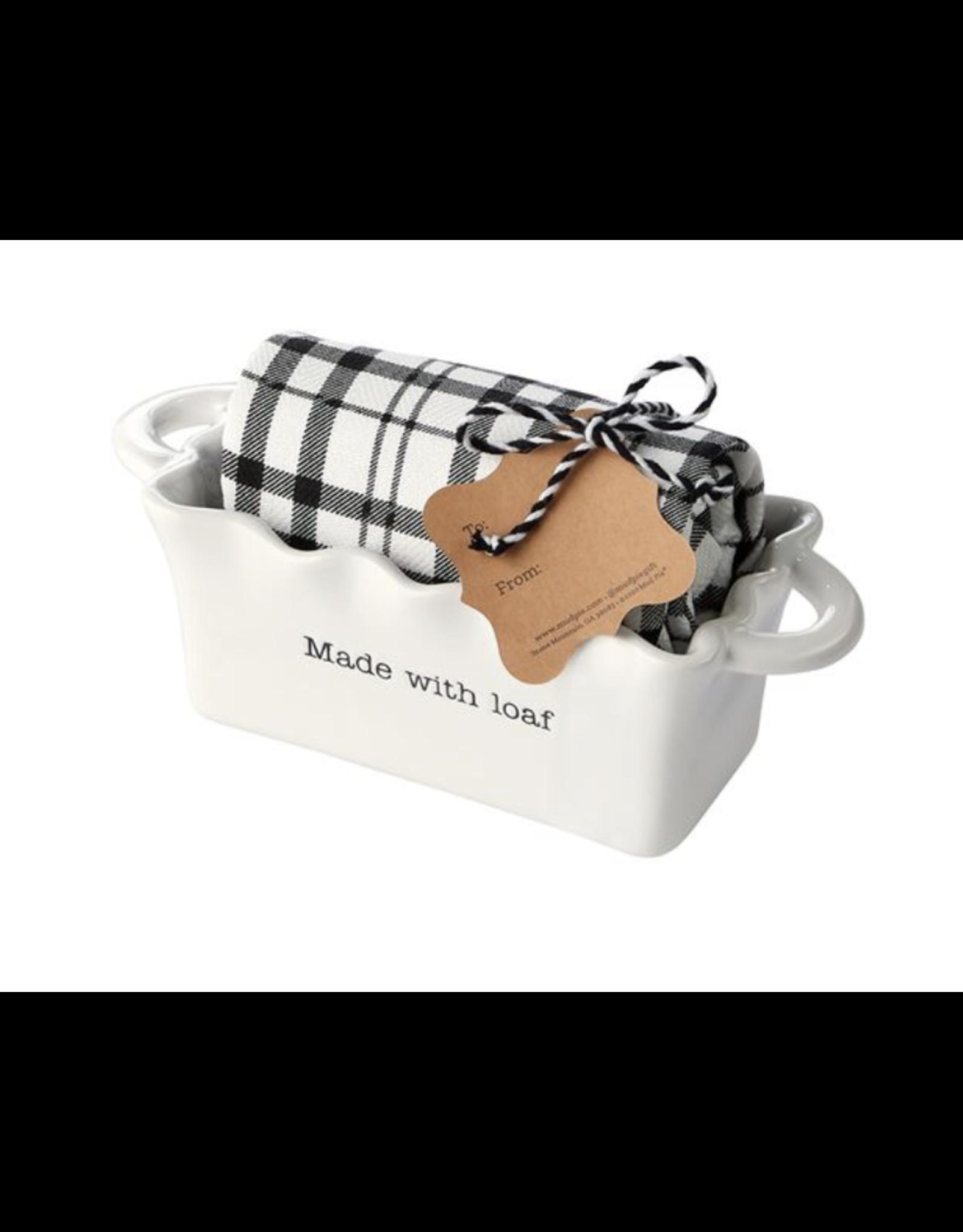 Mud Pie Mini Loaf Made Circa w/ Towel