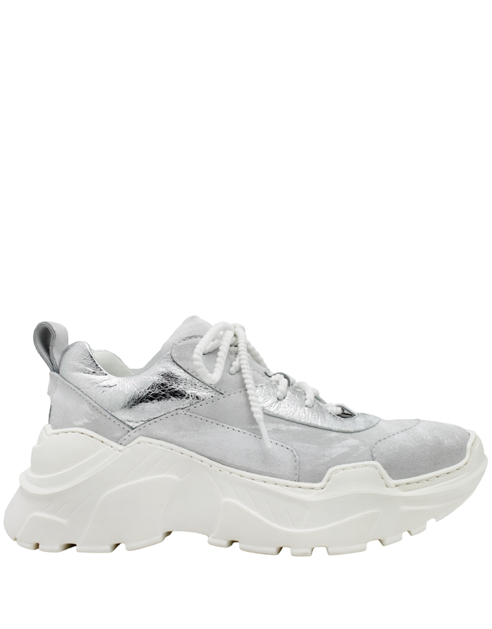 Now Now Cloud Lace-Up Sneaker Pati