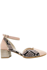 Gadea Gadea Pink With Snake Print Closed Toe Pointed Sandal 1152