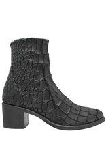 Strategia Strategia Black Gator Ankle Boot With Side Zipper 3913