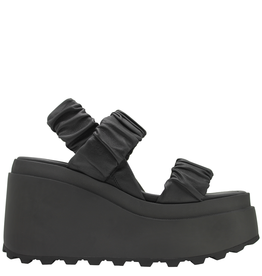 VicMatie VicMatie- Black Elastic 2 Band Wedge 5706