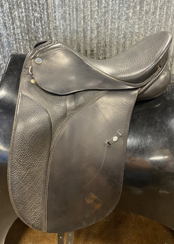 """Consignment Saddle #333 Sommer/Germany Medium Wide 16"""""""