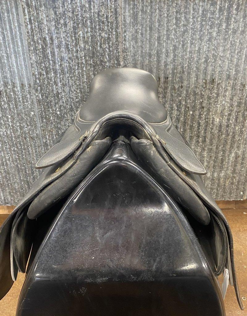 Consignment Saddle #168 Collegiate Cutback
