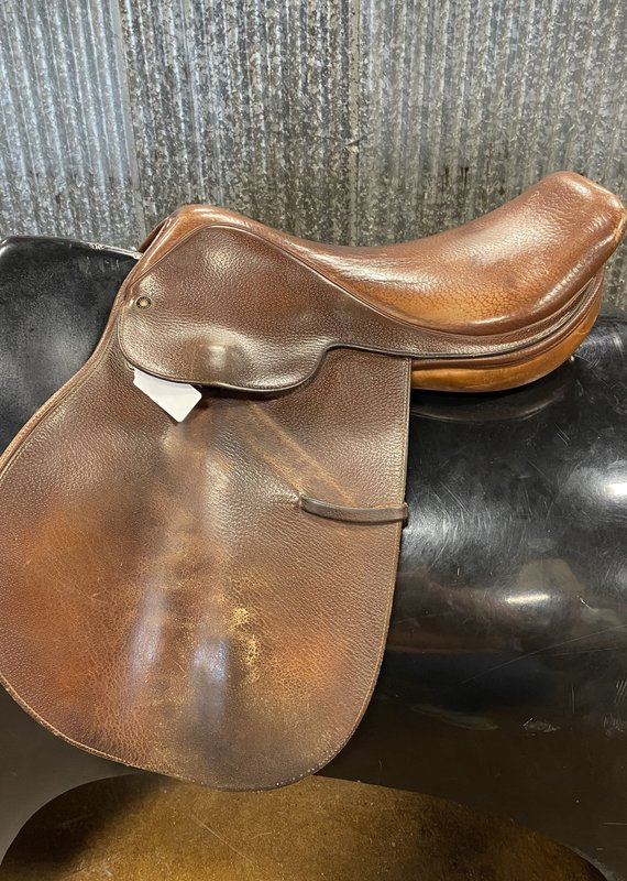 """Consignment Saddle #383 Crosby 17"""""""