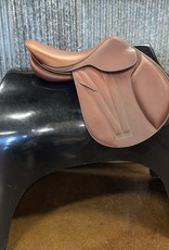 Butet Butet Double Oil Jumping Saddle Premium with Integrated Panels L 16″ 1.5 Flap