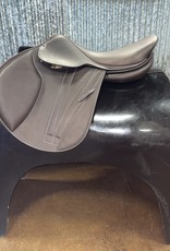 Butet Butet Double Oil Jumping Saddle Premium with Integrated Panels M 17.5″ 2.5 Flap in Cachou