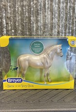 Breyer Breyer Freedom Series Pearly Grey Trakehner