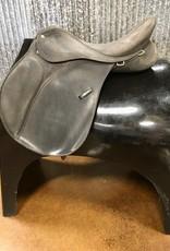 "Consignment Saddle #405 Wintec All Purpose 17"""