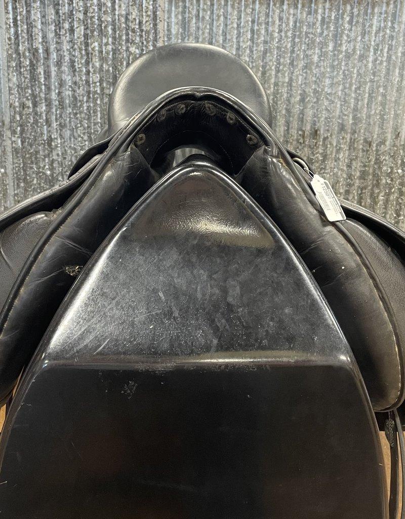 "Consignment Saddle #399 Frank Baines Dressage Saddle 17"""